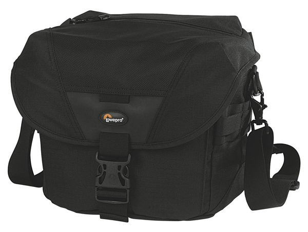 ����� LowePro Stealth Reporter D300 AW