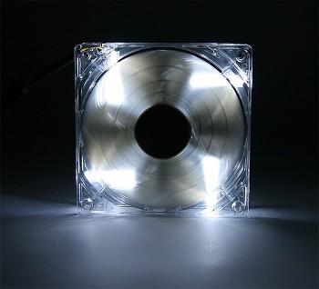 Вентилятор AeroCool Shark Fan White Edition 120mm EN55505