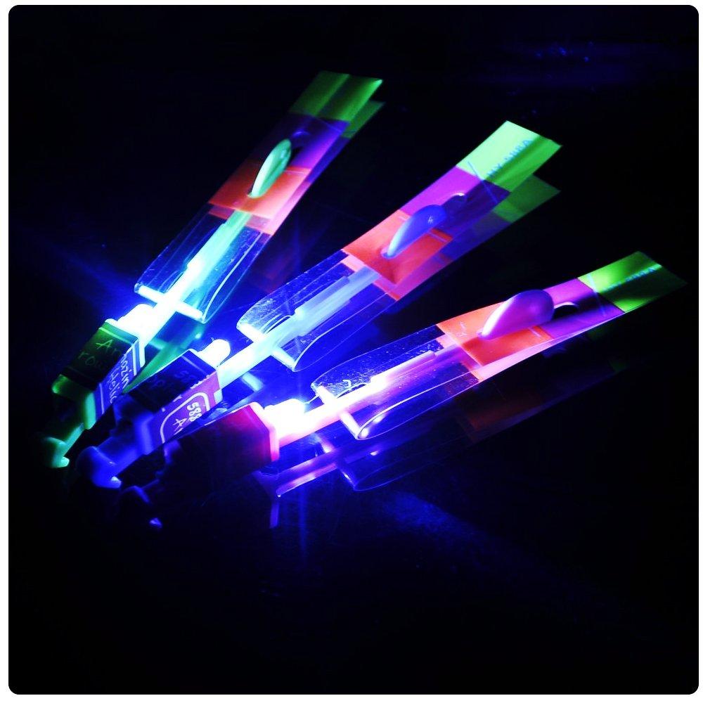 Игрушка Shantou Gepai / СмеХторг Наша игрушка Вертолетик светящийся 20см 63628