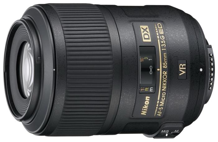 цена на Объектив Nikon 85mm f/3.5G ED VR DX AF-S Micro-Nikkor
