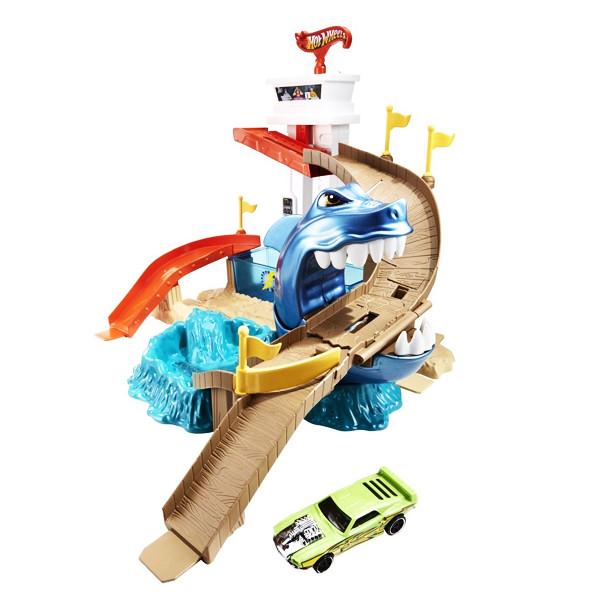 Автотрек Mattel Hot Wheels Охота на акулу BGK04 цена