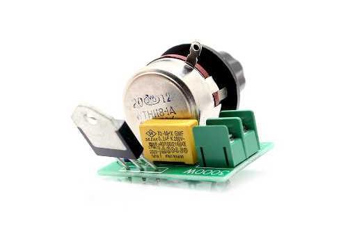 Конструктор Радио КИТ Регулятор напряжения RP028 для электрооборудования 3000 Вт