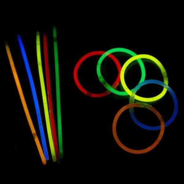 Светящиеся палочки-браслеты СмеХторг (50 штук)