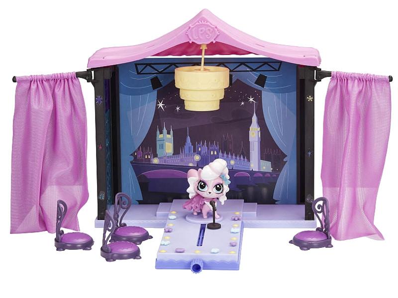 Игровой набор Hasbro Littlest Pet Shop Стильный подиум A7942<br>