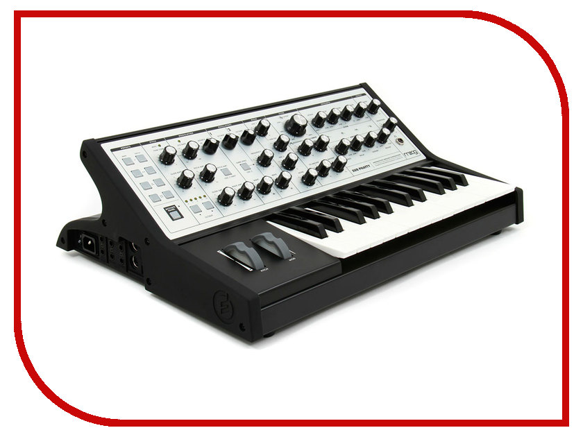 Синтезатор Moog Sub Phatty женские часы moog у10ч100131 estу10ч100131