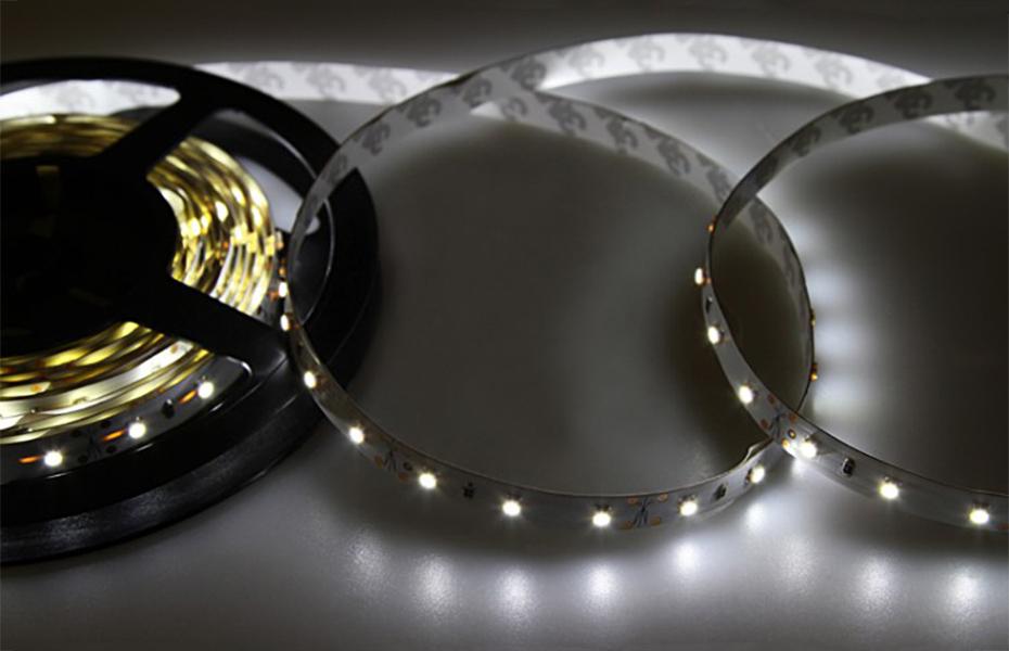 Светодиодная лента Neon-Night SMD 3528 60led/m 12V 5m IP23 White 141-335