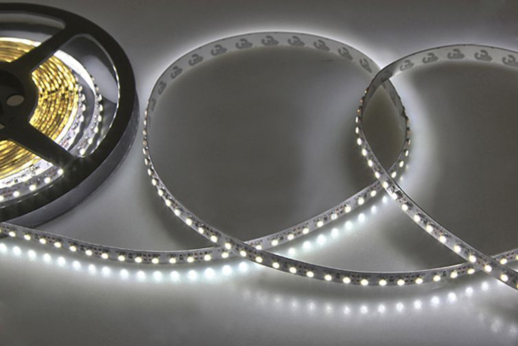 Светодиодная лента Neon-Night SMD 3528 120led/m 12V 5m IP65 White 141-365