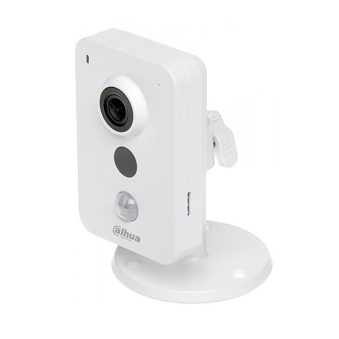 IP камера Dahua DH-IPC-K35AP
