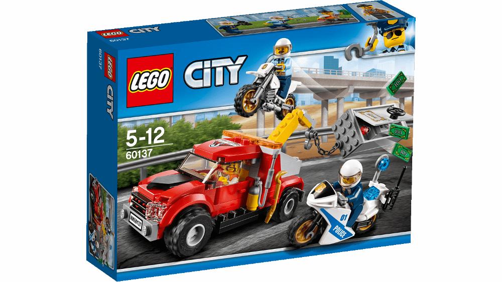 Конструктор Lego City Police Побег на буксировщике 60137