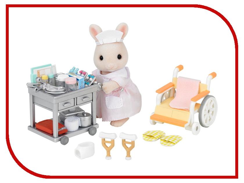 Игровой набор Sylvanian Families Медсестра с аксессуарами 5094 / 2816 набор холодильник с продуктами sylvanian families