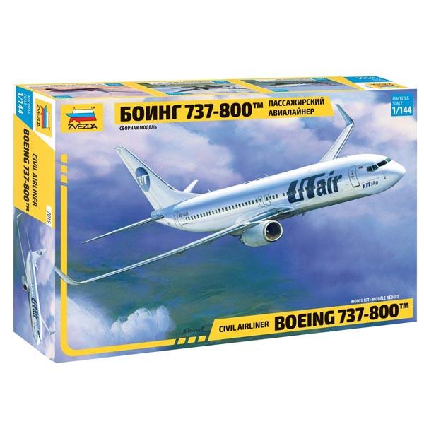 Сборная модель Zvezda Пассажирский авиалайнер Боинг 737-800 7019