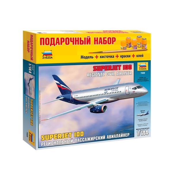 Сборная модель Zvezda Пассажирский авиалайнер Суперджет 100 7009П