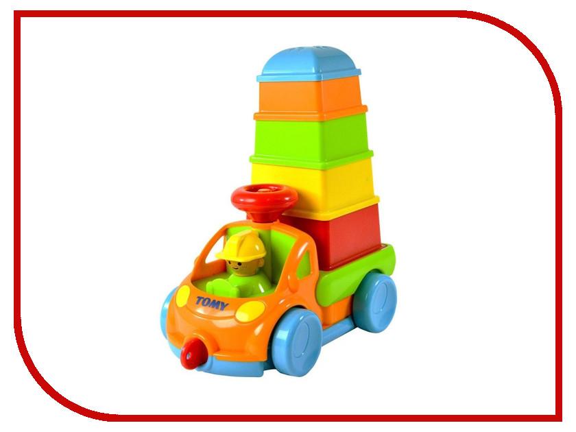 Игрушка Tomy Грузовичок с пирамидкой E72467 tomy farm приключения трактора джонни и поросенка на ферме
