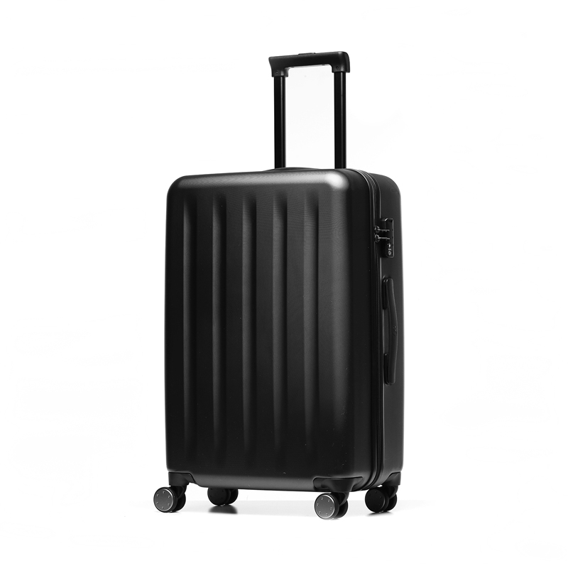 Чемодан Xiaomi RunMi 90 Points Trolley Suitcase 24 Magic Night 42.14 CN