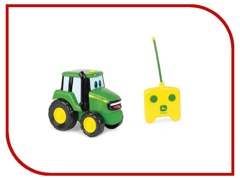 Игрушка Tomy John Deere Джонни Т11310 игровые наборы tomy игровой набор приключения трактора джонни и лошади на ферме