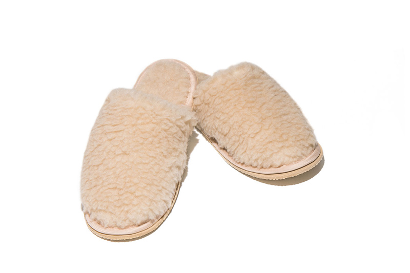 Тапочки Smart Textile Домашнее Тепло из овечьего меха Н520 размер 42-43 Beige