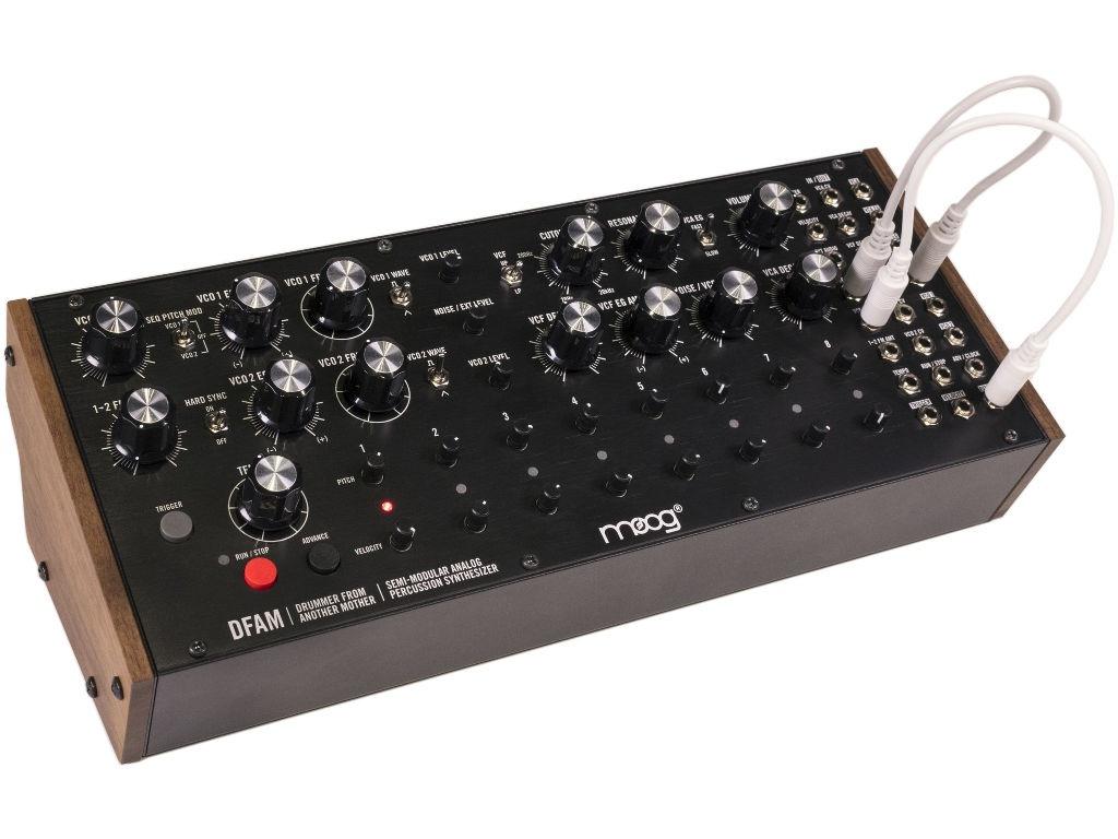 Синтезатор Moog DFAM moog moog у10ч100093