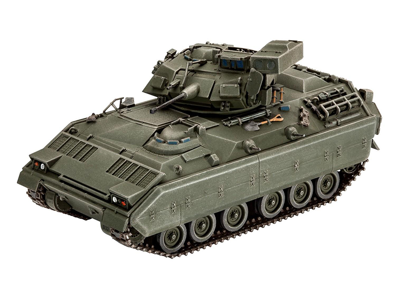 Сборная модель Revell Боевая машина пехоты M2/M3 Bradley 03143R сборная модель revell крестокрыл