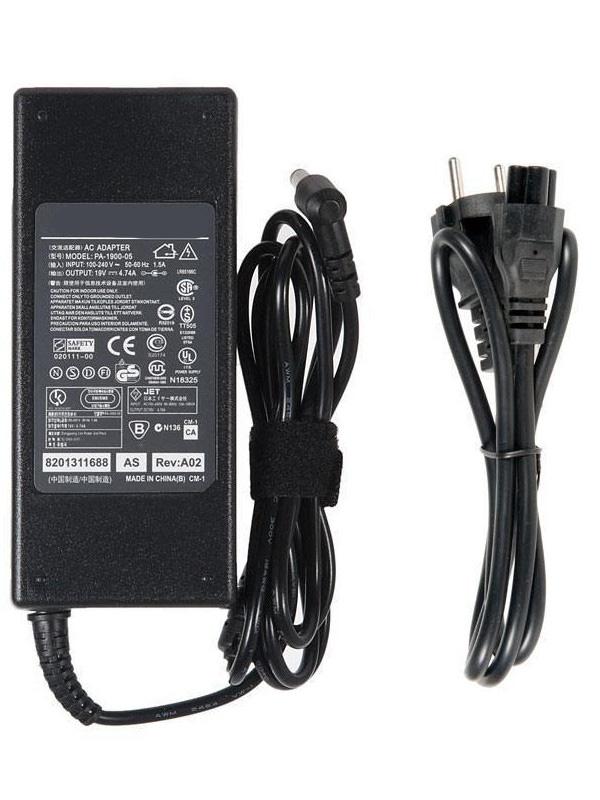 Блок питания RocknParts Zip 19V 4.74A 90W для Toshiba M35/M40/M45/M55/M60/M65/P205 109813 блок питания tempo lac to03 19v 3 95a 5 5x2 5mm 75w для toshiba satellite m35 m40 m45 m55 p205 u305 a100 a200 a300 series pa 1650
