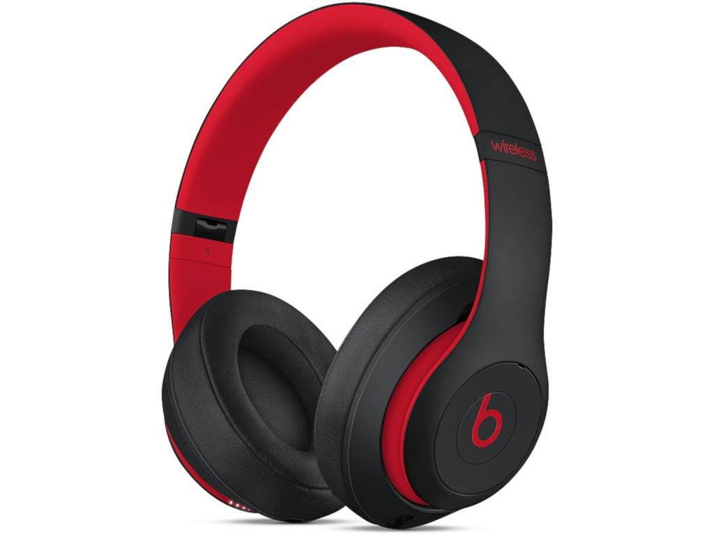 цена на Beats Studio3 Wireless Headphones Decade Collection Defiant Black-Red MRQ82EE/A