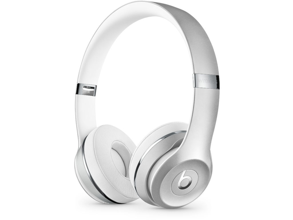 купить Beats Solo3 Wireless Headphones Silver MNEQ2EE/A по цене 13500 рублей