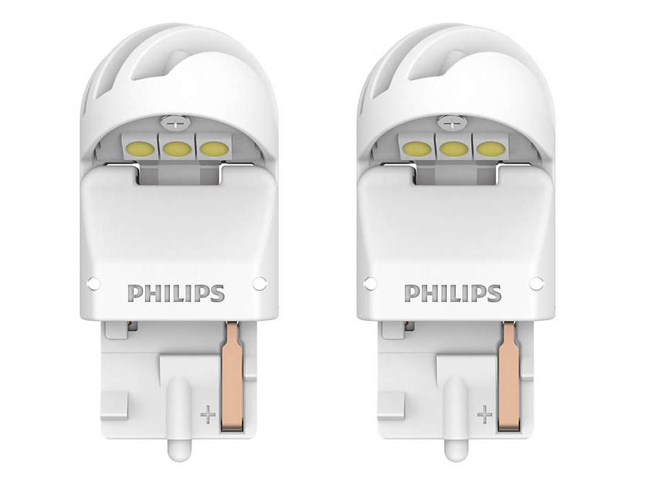 Лампа Philips X-treme Ultinon LED W21W 12V-LED 2.5W W3x16d White (2 штуки) 11065XUWX2