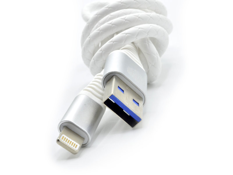 Аксессуар Innovation A1I-COBRA 3.A USB - Lightning 2m White 13308 аксессуар innovation a1i cobra 3 a usb lightning 2m white 13308
