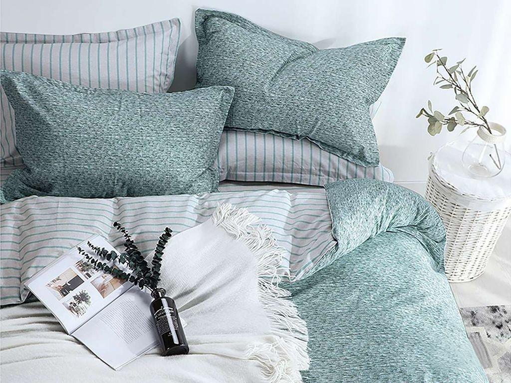 все цены на Постельное белье Cleo Satin lux 15/328-SL Комплект 1.5 спальный Сатин онлайн