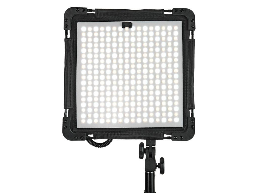 Осветитель GreenBean FreeLight 288 Bi-Color осветитель greenbean sunlight 200 ledx3 bw 26166
