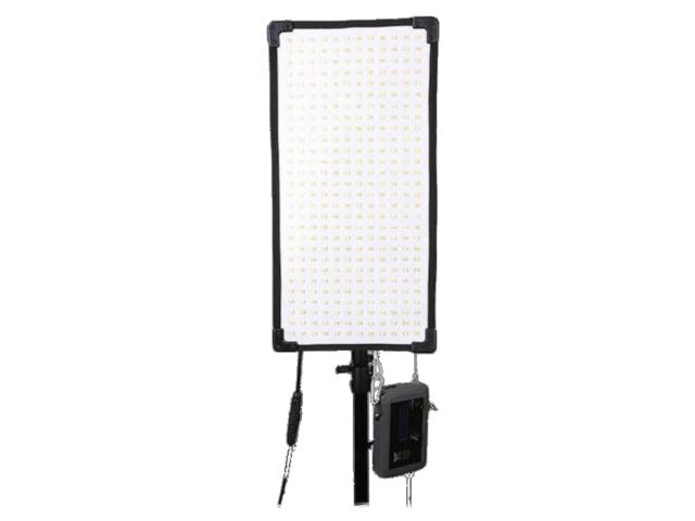 Осветитель GreenBean FreeLight 336 Bi-Color осветитель greenbean sunlight 200 ledx3 bw 26166
