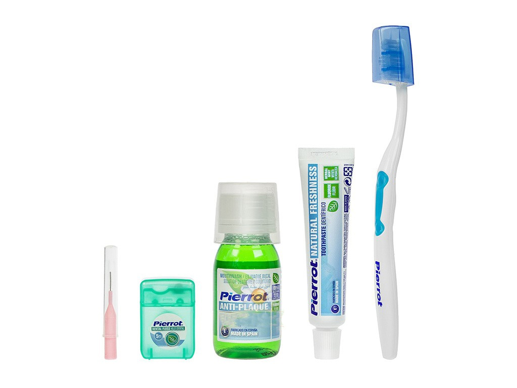 Щетка Дорожный набор Pierrot Complete Dental Kit Blue-Light Blue 8411732932019