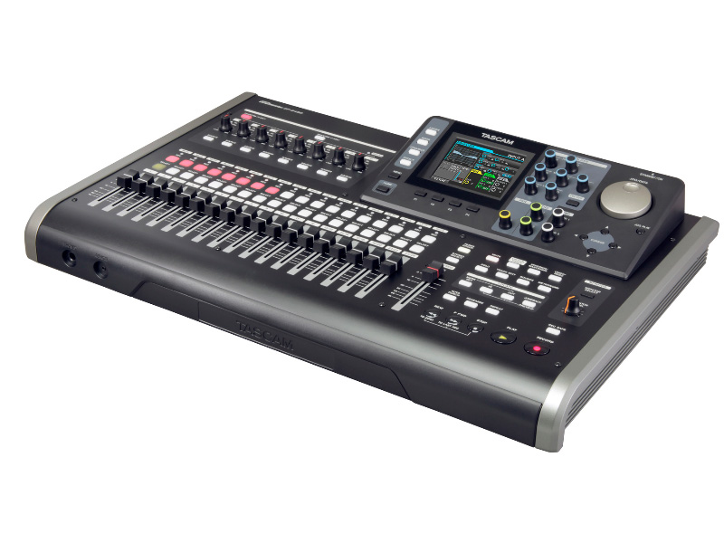 Диктофон Tascam DP-24SD Black цена и фото
