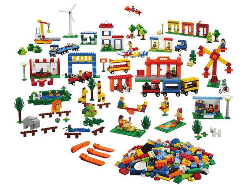 Конструктор Lego Городская жизнь 9389