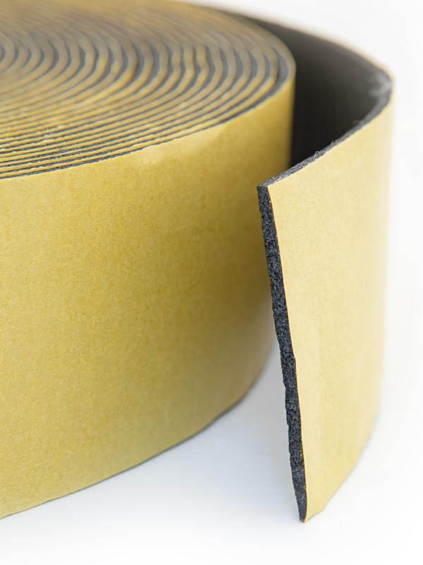 Клейкая лента Aviora Армированная из вспененного каучука 50mm x15m x 3mm 302-074