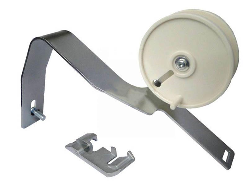 Лапка для пришивания тесьмы с направляющим барабаном Janome 200204208 / 202033004 - оверлока