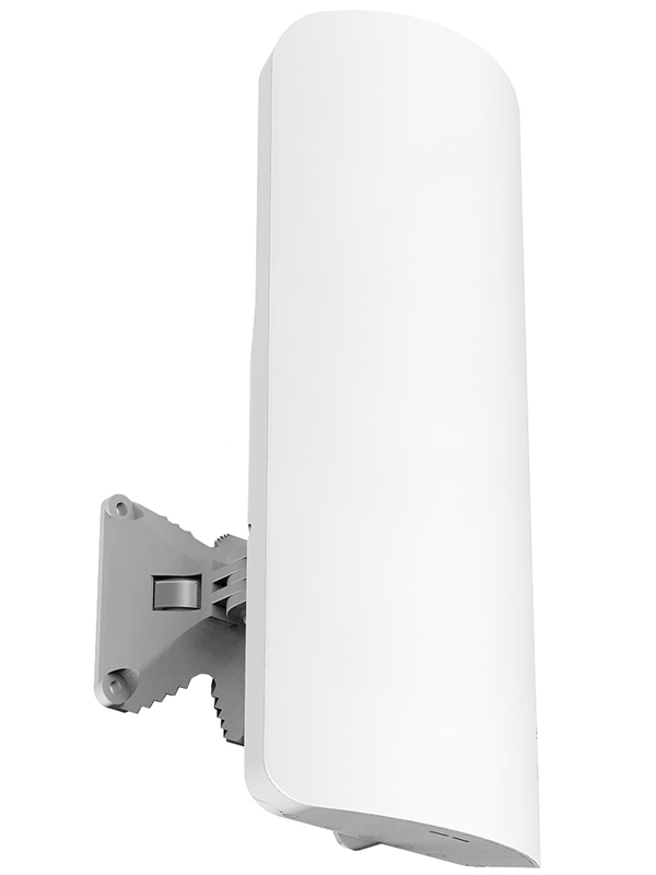 Точка доступа MikroTik RB921GS-5HPacD-15S маршрутизатор mikrotik ccr1036 8g 2s 8x10 100 1000mbps 2xsfp 1xmicrousb