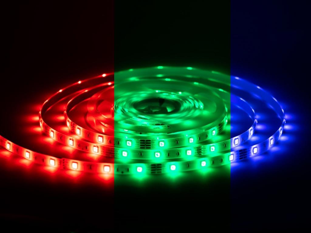 Светодиодная лента URM 5050-30led-12V-7 2W 420LM/m-IP20 RGB 5m N01001