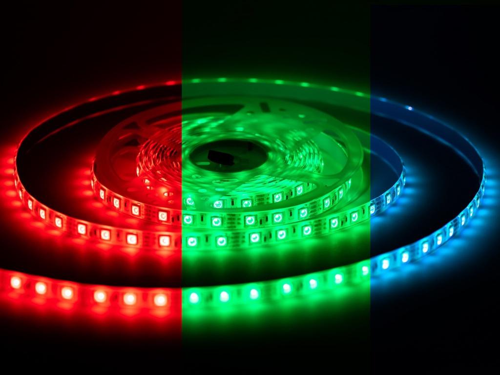 Светодиодная лента URM 5050-60led-12V-14 4W 840LM/m-IP65 RGB 5m N01004