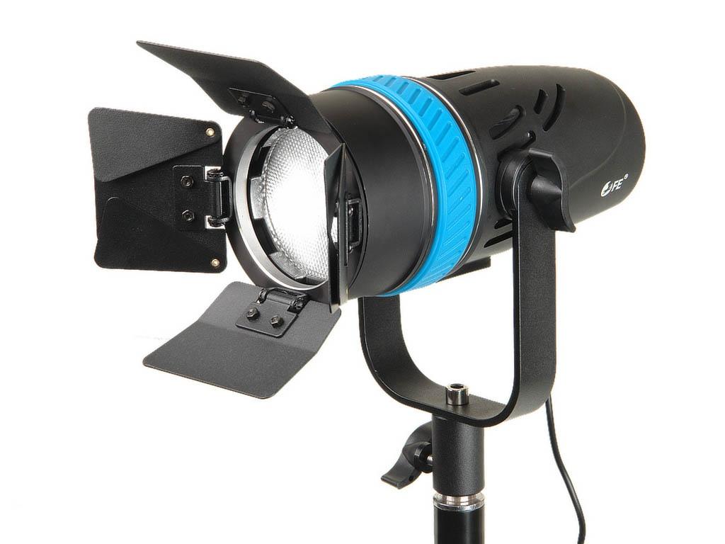 Фото - Студийный свет Falcon Eyes SpotLight 70LED BW 27398 bw 4608