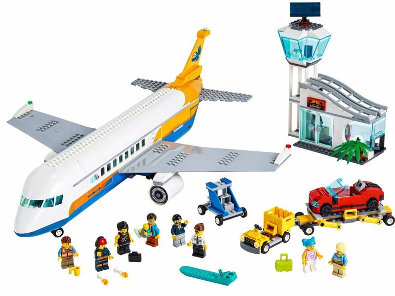 Конструктор Lego City Пассажирский самолёт 669 дет. 60262