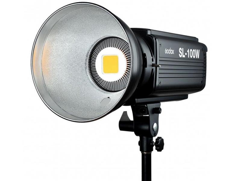 Студийный свет Godox SL-100W