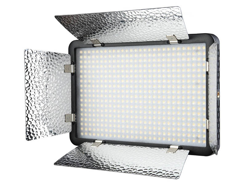 Накамерный свет Godox LED500LRW 26289