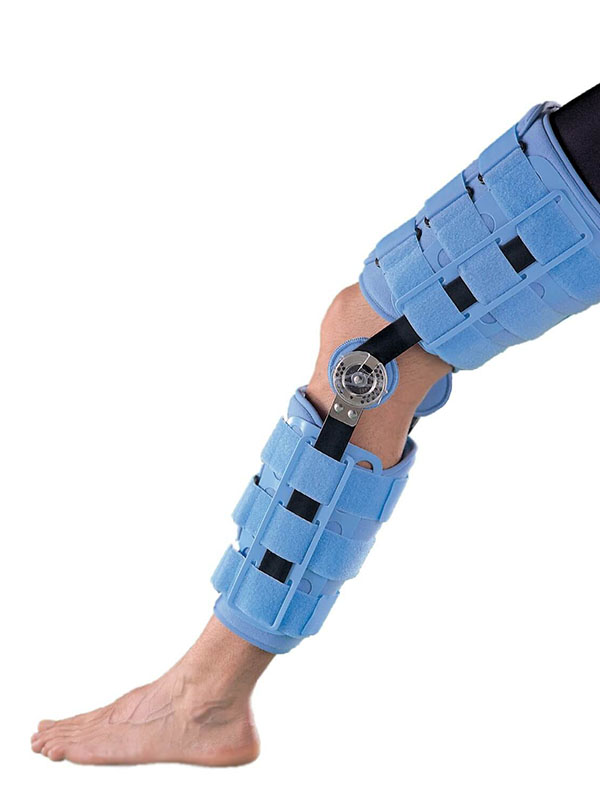 Ортопедическое изделие Бандаж на коленный сустав Oppo Medical 45.7cm 4039-18