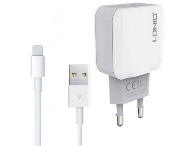 Зарядное устройство Ldnio A2202 2xUSB + Type-C 12W White LD_B4394