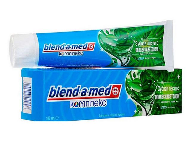 Зубная паста Blend-a-med Свежесть трав Мята и чабрец 100ml 5000174415698