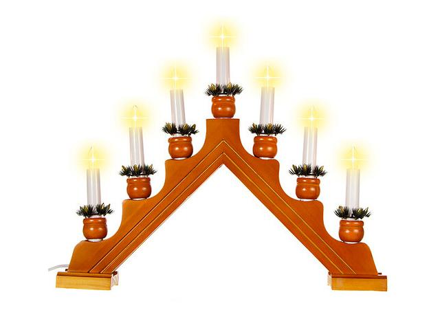 Светящееся украшение Star Trading Рождественская горка Karin 7 свечек Dark Wood 276-06