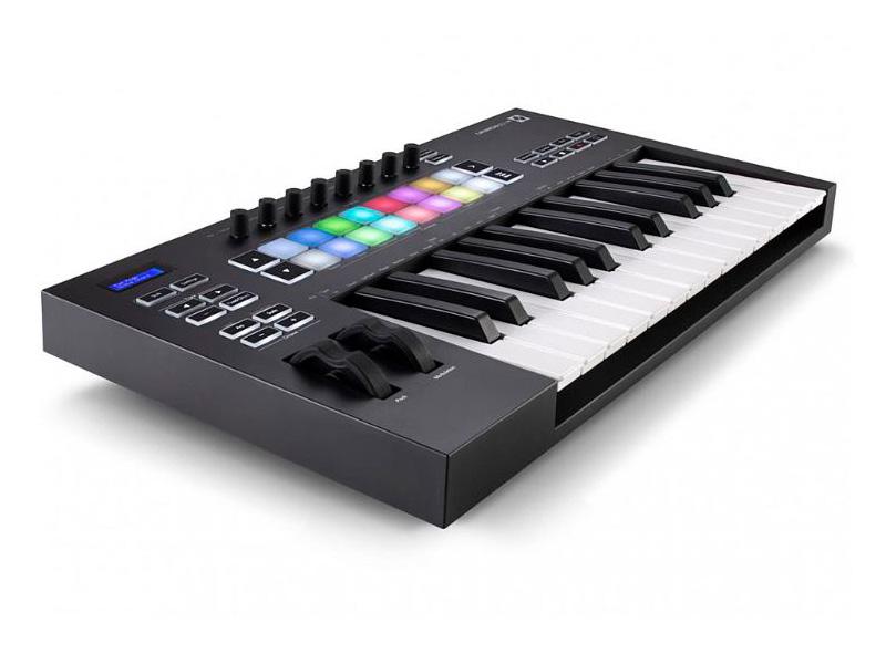 MIDI-клавиатура Novation Launchkey 25 MK3