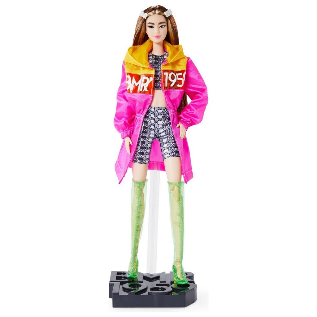 Кукла Mattel Barbie в розовом плаще GNC47