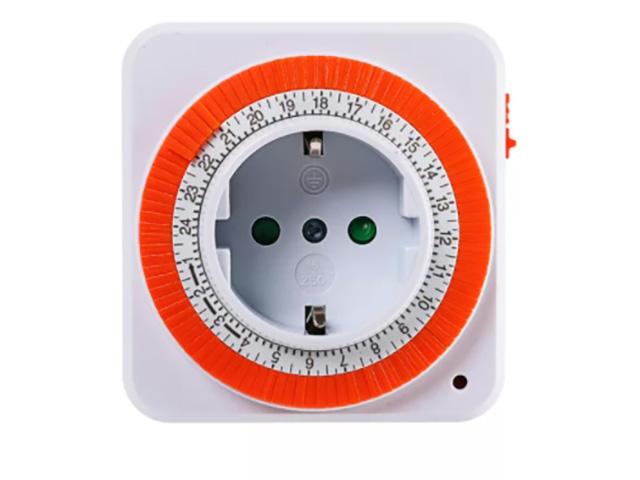 Розетка TDM-Electric SQ1506-0003