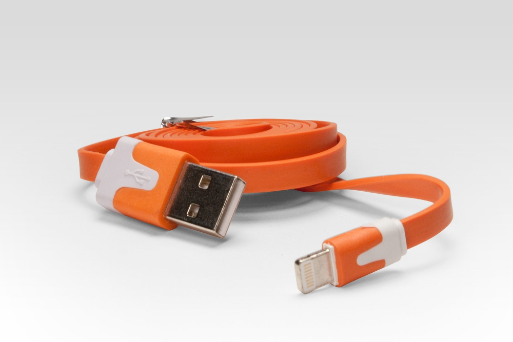 Аксессуар iQFuture Lightning to USB Cable for iPhone 5/iPod Touch 5th/iPod Nano 7th/iPad 4/iPad mini IQ-AC01 Orange